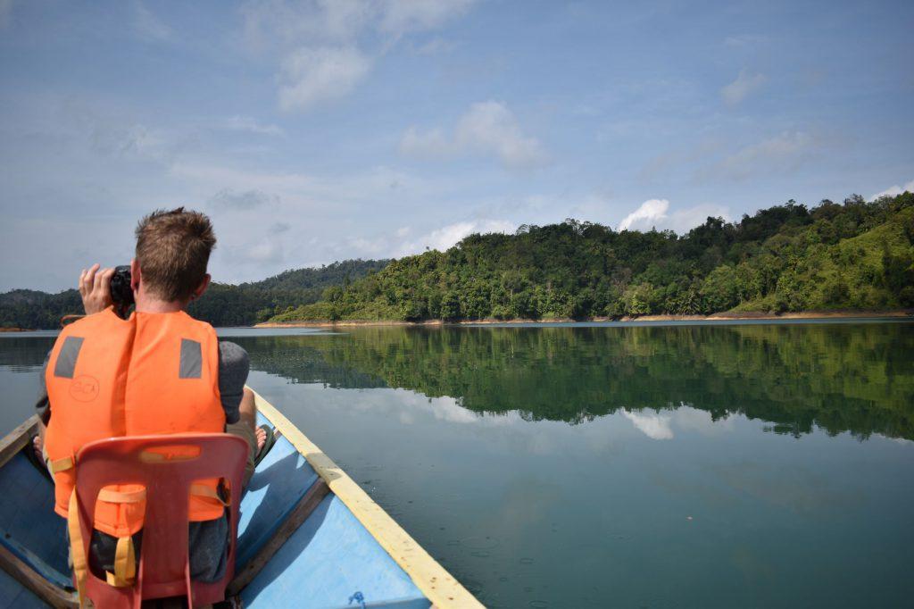 Uitzicht over het prachtige Iban Lake