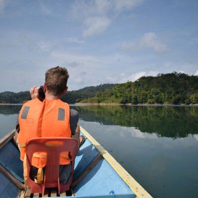 Varen over de Iban rivier